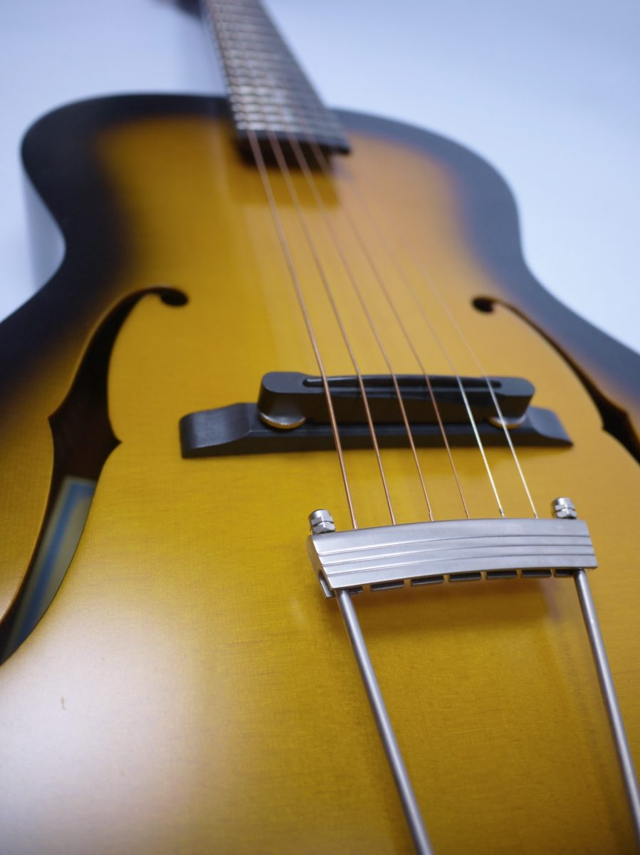 String Theory – A Guitar Review Blog – Guitar and other stringed ...